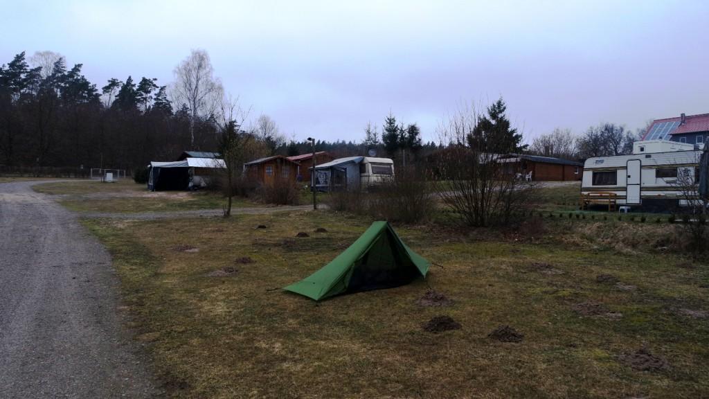 Zelt (am nächsten Morgen)